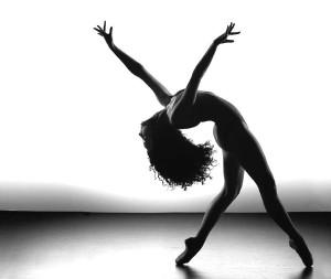 cropped-dancerlayback1.jpg